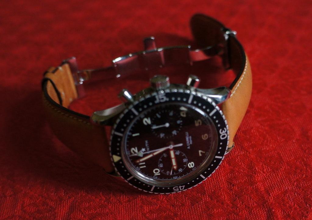 手元に残った2つの腕時計。_c0180686_721998.jpg