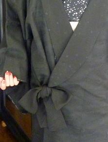 丈の短い黒羽織が、素敵なコートに変身!!_f0205317_1817101.jpg