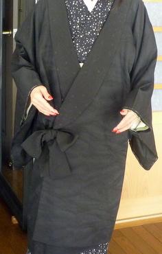 丈の短い黒羽織が、素敵なコートに変身!!_f0205317_185848.jpg