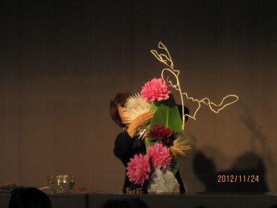 東海東京証券プレミア美術展 いけばな草月LIVE_c0165824_17405439.jpg