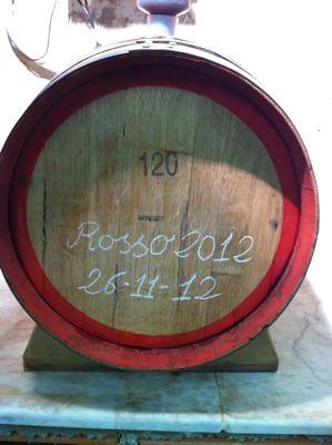 赤ワイン、ステンレスの容器から木樽へ_d0136540_8475313.jpg