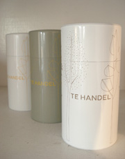 TEHANDELさんの紅茶と紅茶缶入荷いたしました。_e0199564_17183028.jpg