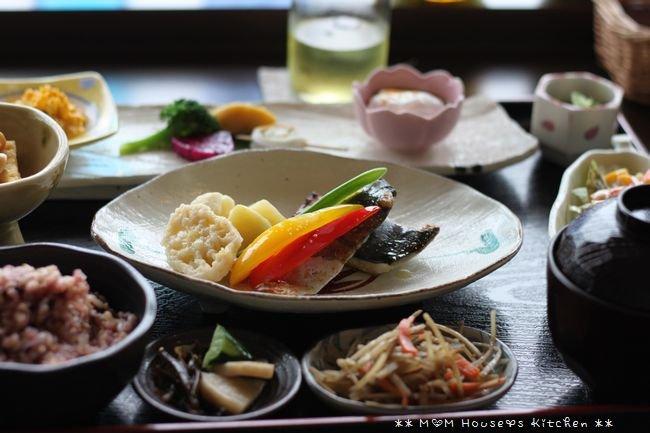 ロハスなひととき ☆ 今日のお弁当と晩ご飯♪_c0139375_1345051.jpg