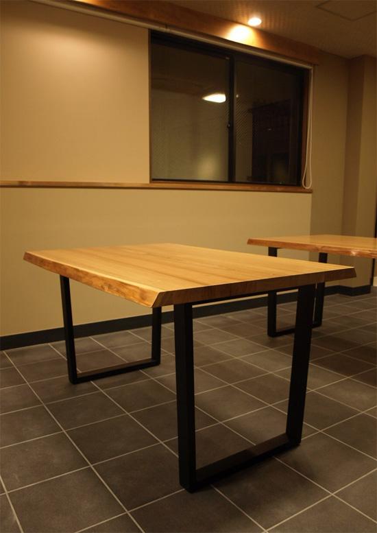 タモ耳付、鉄脚テーブル_e0115686_9451765.jpg