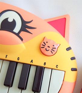 【にゃんこピアノ♪】アーティスティックな贈物ッ_d0224894_16233861.jpg