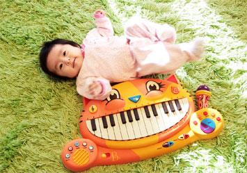 【にゃんこピアノ♪】アーティスティックな贈物ッ_d0224894_16241952.jpg