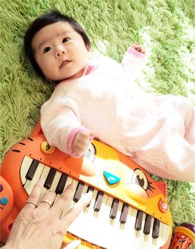 【にゃんこピアノ♪】アーティスティックな贈物ッ_d0224894_17324054.jpg