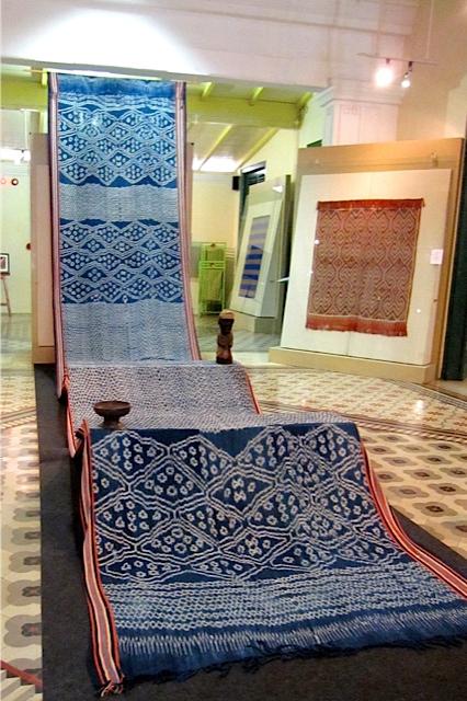 textile study _f0197215_10225472.jpg