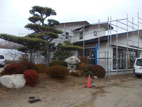 有明の家外壁左官塗り完了_c0218716_1831198.jpg