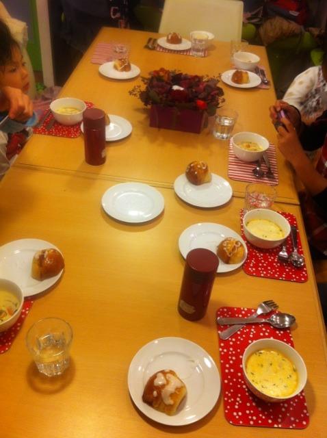 キッズクッキング「サーモンクリームスープ」 & キッズ12月23日イベント!!_f0141419_774757.jpg