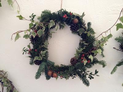 クリスマスプレゼントにリースはいかが?!!_a0221457_23161594.jpg