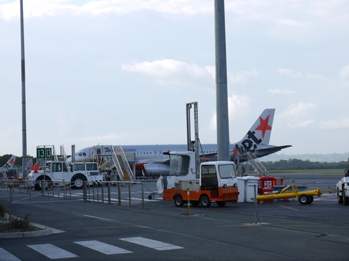 メルボルンへの旅(3)―Jet Star初体験_e0123104_703664.jpg