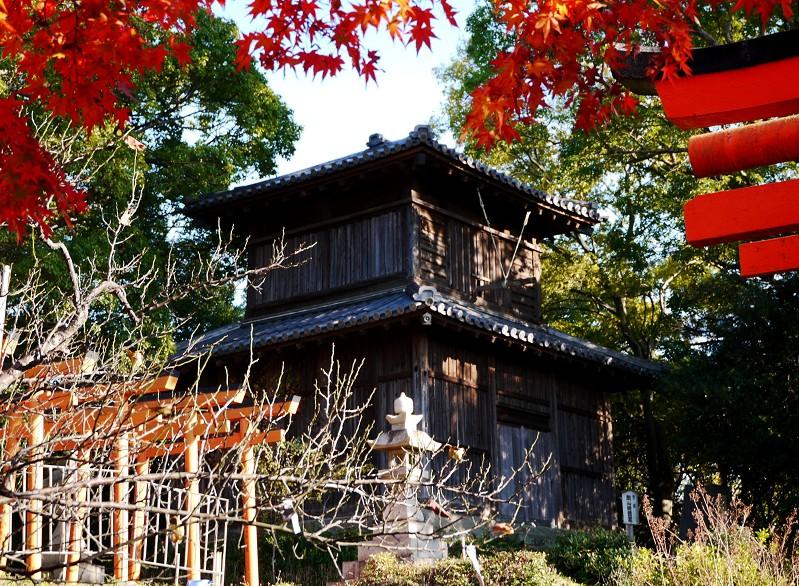 和歌山城公園散策_b0093754_22381459.jpg