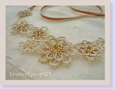 糸々のお花のネックレス_e0278869_12313315.jpg