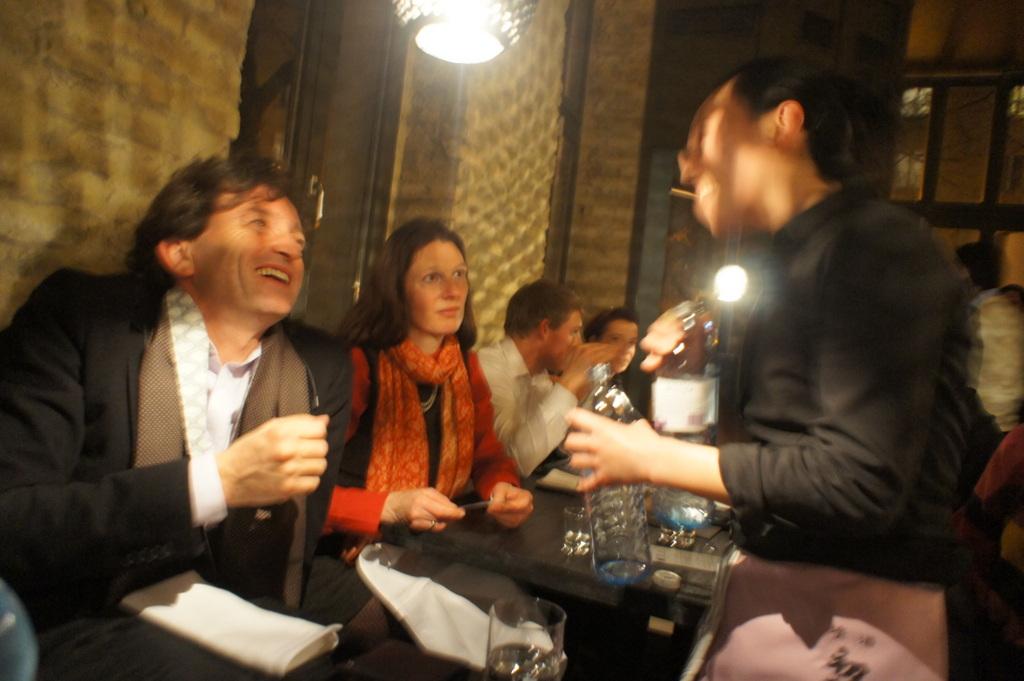アンペルフラウのラベルも可愛い発泡日本酒PF、ベルリンデビューしました!_c0180686_23285657.jpg