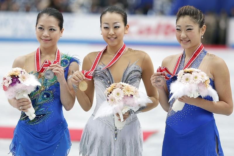 浅田真央選手優勝、鈴木明子選手とともにファイナルを決めるー2012NHK杯_b0038294_847594.jpg