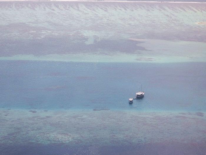 水上飛行機に乗って・・・モルディブ_e0182138_19484162.jpg