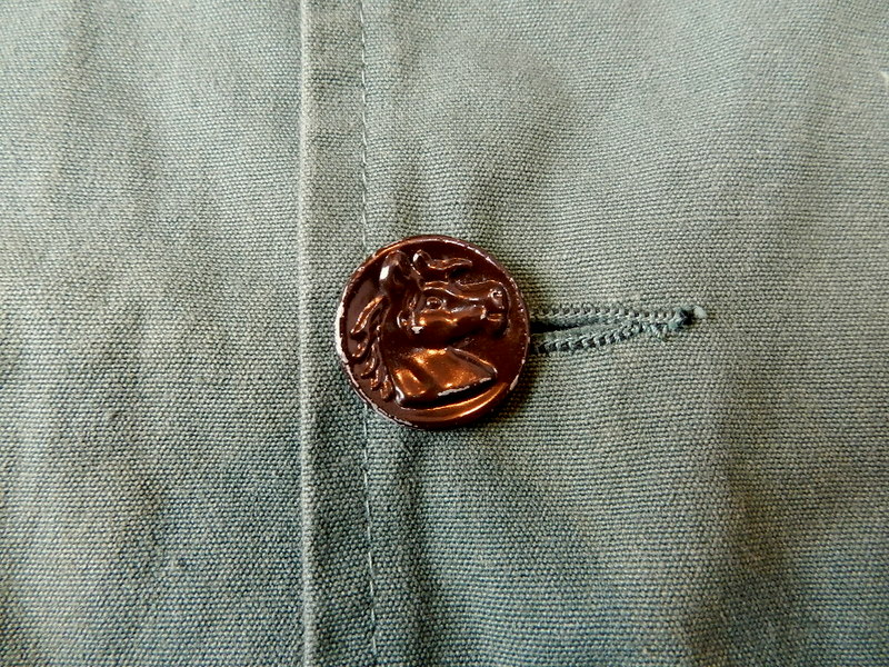 French hunting jacket with animal buttons_f0226051_13173814.jpg