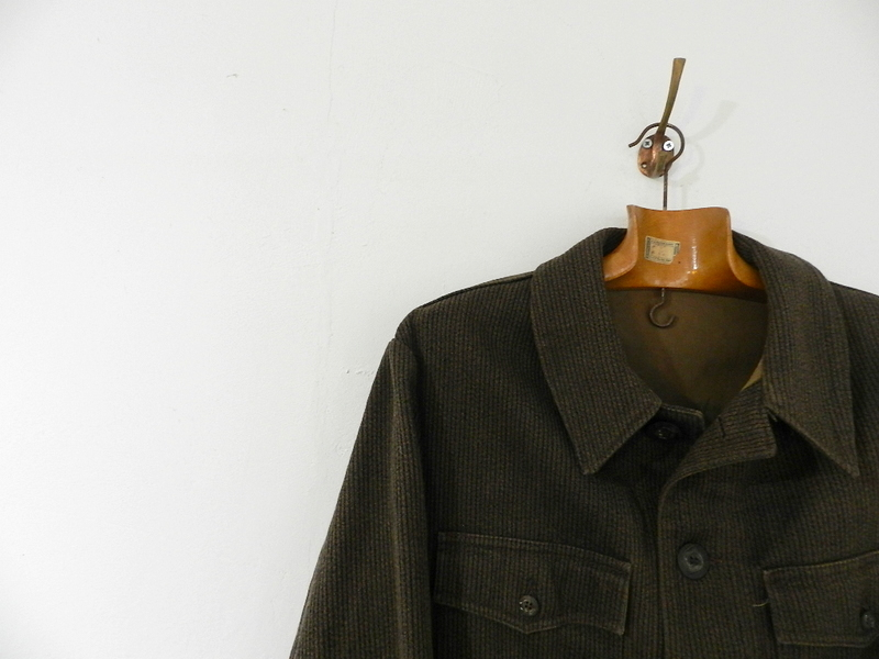 French hunting jacket with animal buttons_f0226051_1337313.jpg