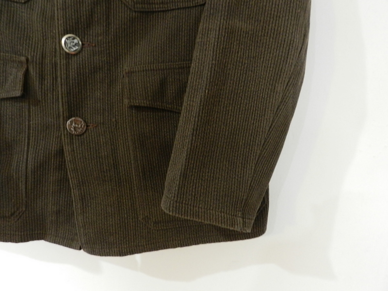 French hunting jacket with animal buttons_f0226051_13375494.jpg