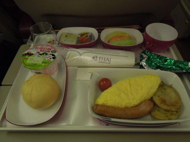 タイ航空の機内食_f0189467_10481856.jpg
