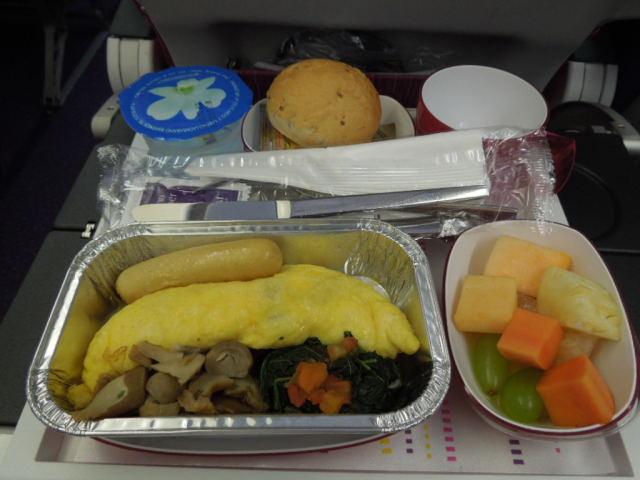 タイ航空の機内食_f0189467_1050338.jpg