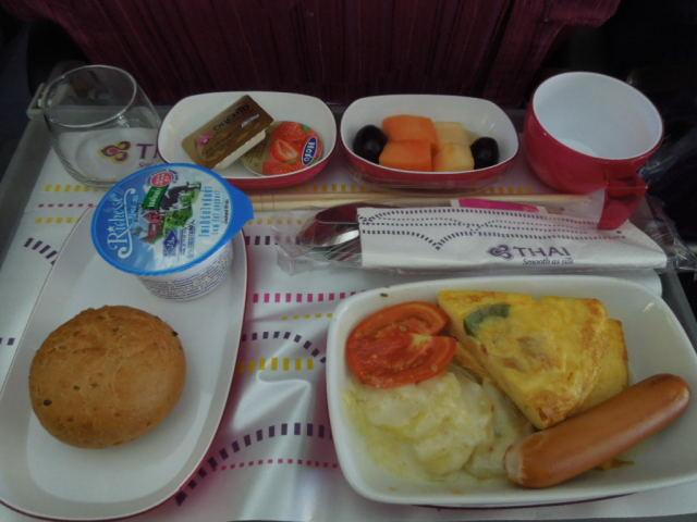 タイ航空の機内食_f0189467_10514514.jpg