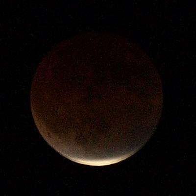 28日の半影月食。 と、昨年12月の皆既月食・・・_b0006870_18244717.jpg