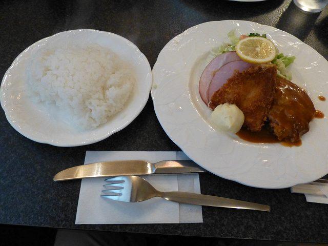 レストラン バラの木  東三国_c0118393_1971229.jpg