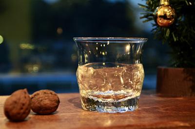 「ウィスキーはお好きでしょ?」 沖澤康平さんのロックグラス_e0205196_1524233.jpg