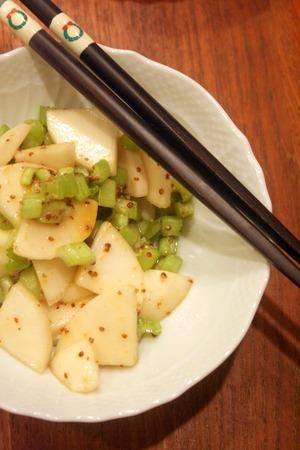 蕪と粒マスタードのサラダ & ボリューミーな夕食_f0141419_553191.jpg