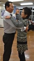 第二回ダンスパーティー♪_a0130266_19431851.jpg