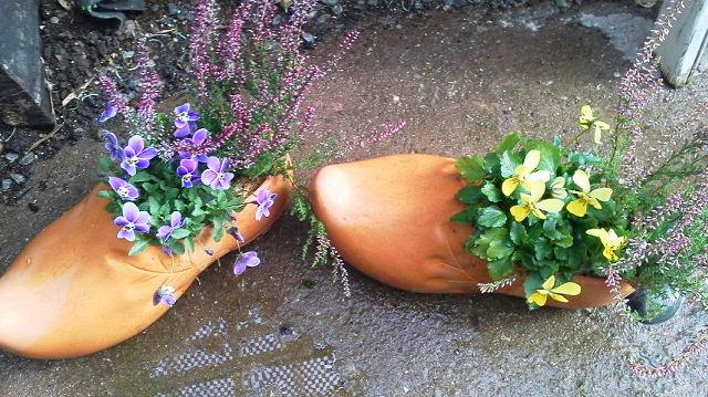 花の植え込みもいたします_b0137969_16164529.jpg