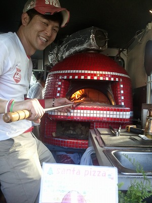 タッキーの移動ピザ屋 【Chef's Report】_f0111415_22504271.jpg