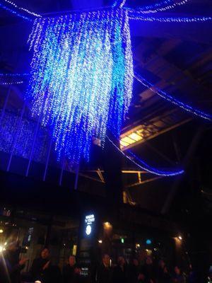 LEDライトを使ったジュエリー_e0095418_921334.jpg