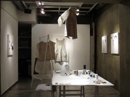 田邉結佳 Special Solo Exhibition 始まりました。_c0096440_6182118.jpg