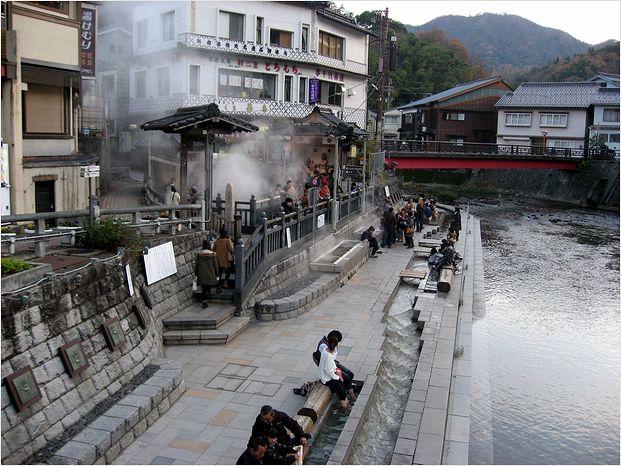 湯村温泉に・・・・・_a0256349_20485511.jpg