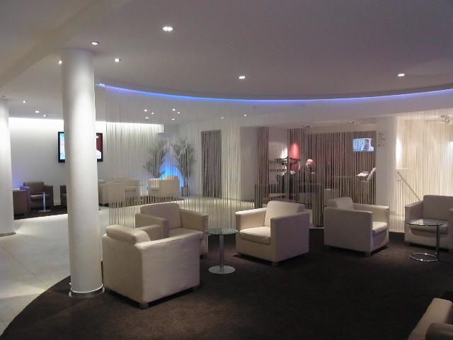 ルクセンブルクの旅 (1) ホテル・アルヴィスパルク Alvisse Parc Hotel_c0011649_5473256.jpg