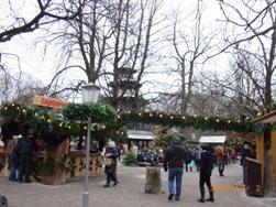 イングリッシュガーデンのクリスマスマーケット_e0195766_629504.jpg