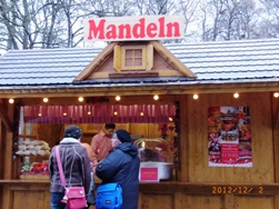 イングリッシュガーデンのクリスマスマーケット_e0195766_6305956.jpg