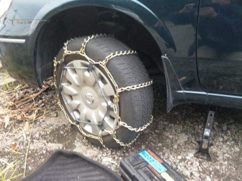 Siomigaoka motors season3 for Mercedes benz tire chains