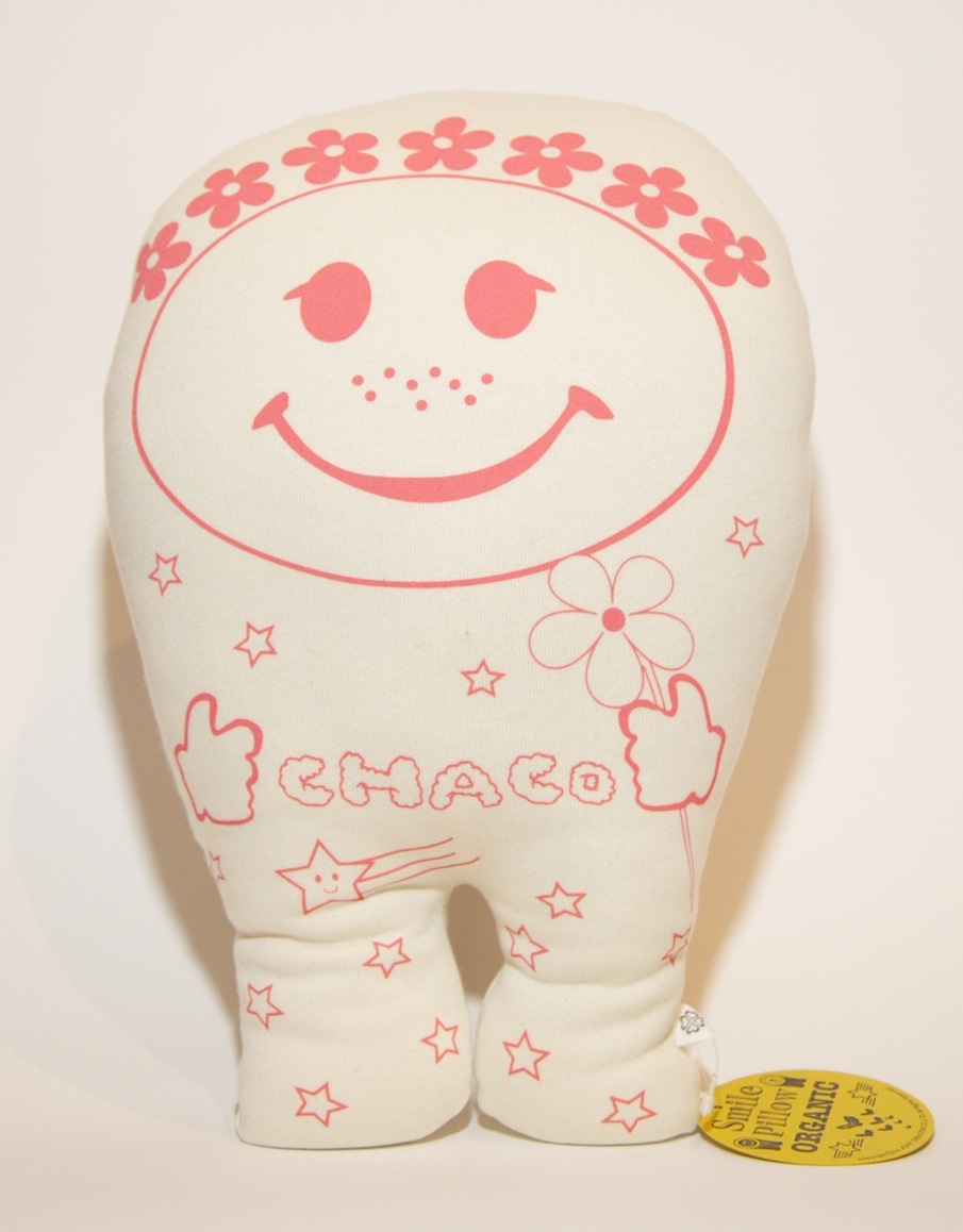 CHACO SMILE PILLOW♡♡_f0153892_1220379.jpg