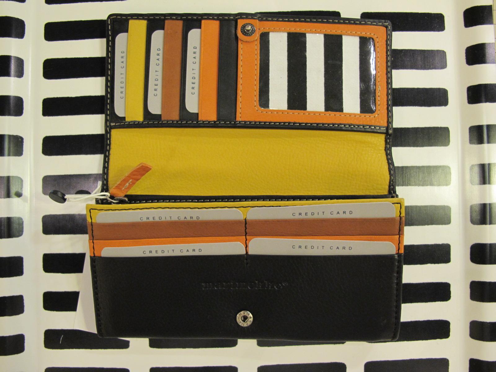 marimekko長財布はいりました。_d0182409_18122395.jpg