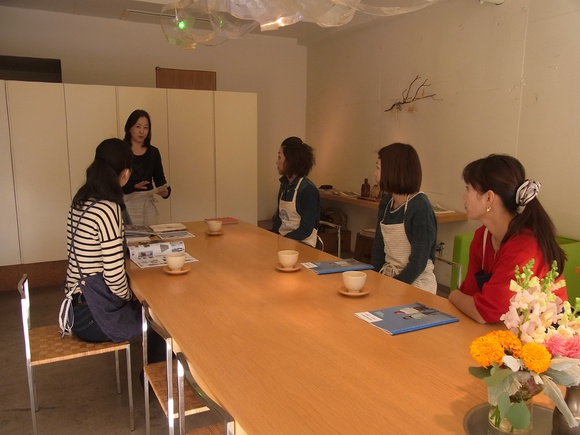 「シリコンスチーマー」を使った料理教室を開催しました  (記:藤本 洋子)_a0195310_19272767.jpg