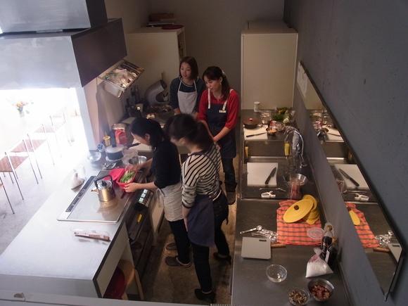 「シリコンスチーマー」を使った料理教室を開催しました  (記:藤本 洋子)_a0195310_19331027.jpg