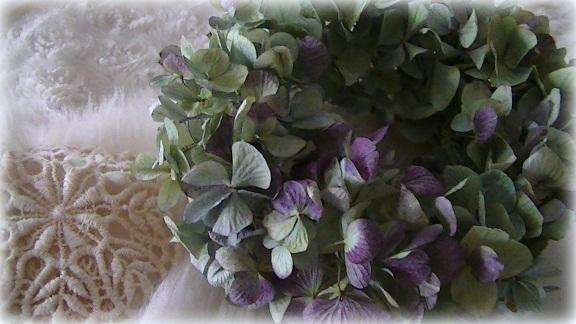 ふわふわ紫陽花ボリュームリース_c0207719_18483311.jpg