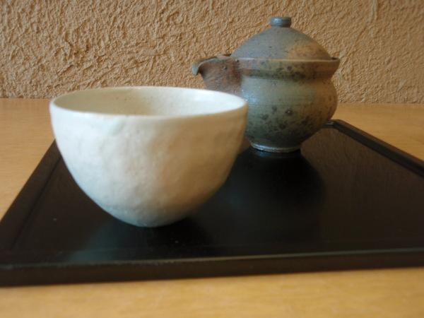 小林慎二さんの折敷き、お皿、高田谷将宏さんの飯茶碗_b0132442_17332161.jpg