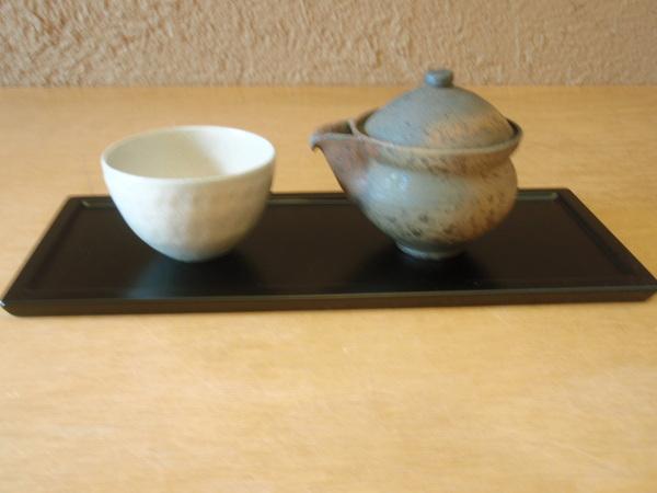 小林慎二さんの折敷き、お皿、高田谷将宏さんの飯茶碗_b0132442_17422496.jpg