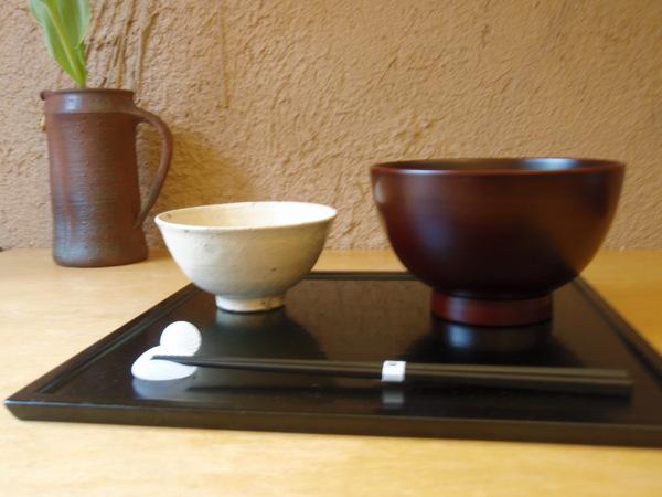 小林慎二さんの折敷き、お皿、高田谷将宏さんの飯茶碗_b0132442_17455931.jpg