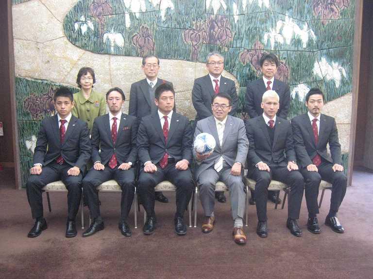 日本代表 VS 大村知事_b0157157_15264566.jpg